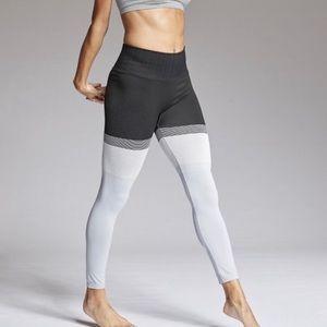 Athleta seamless 7/8 leggings
